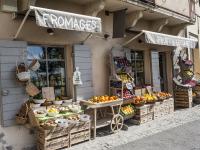 Commerces et services de santé du village